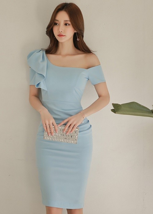 c Dress.***